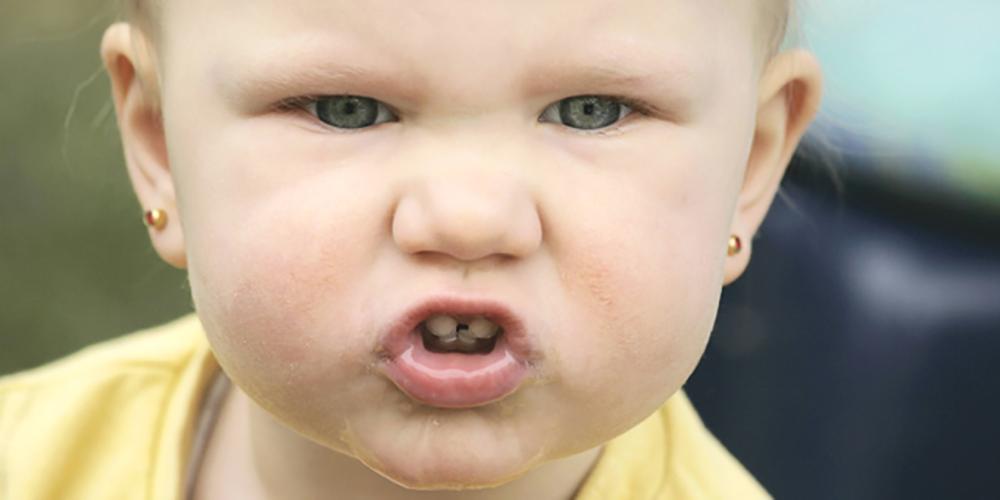 Mordidas infantis: o que elas podem significar?