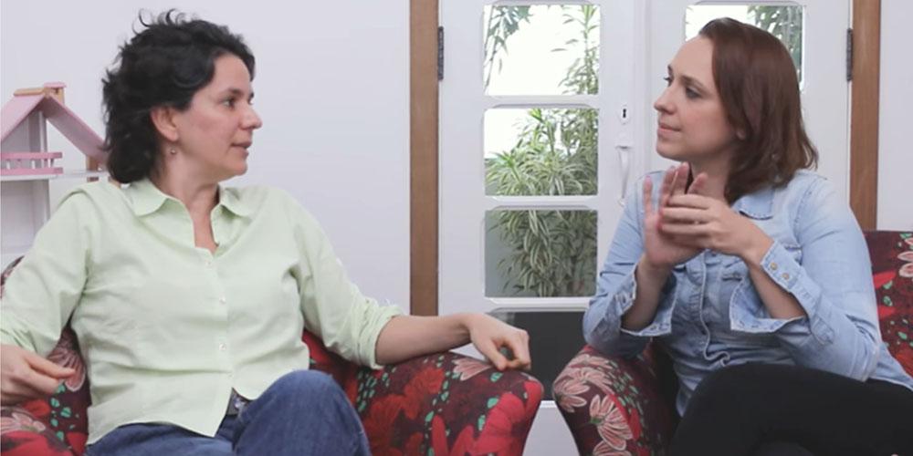 Gabi Cywinski e Patrícia Grinfeld conversam sobre a importância de se preservar a infância